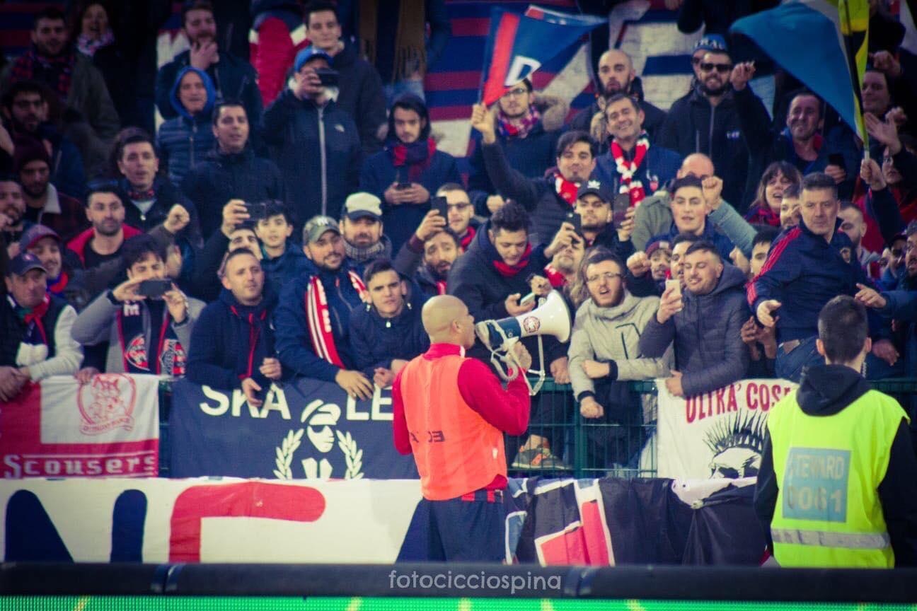 Photo of Reggina, due calciatori fanno il salto di categoria: Baclet in città, in giornata la firma