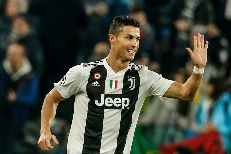 Photo of Juventus, solo una multa per Ronaldo. Contro l'Ajax sarà disponibile