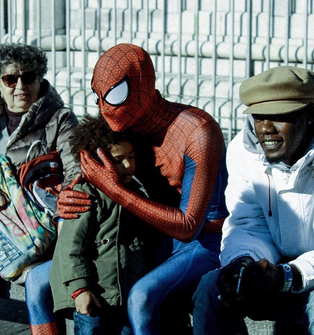 Photo of Napoli. Spiderman napoletano arriva in città: un supereroe per combattere razzismo e ingiustizie
