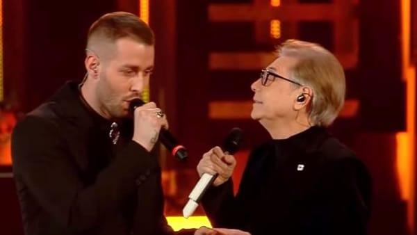 """Photo of Sanremo 2019. Altro che ultima posizione, Nino D'Angelo e Livio Cori hanno regalato a Napoli """"Un'altra Luce"""""""