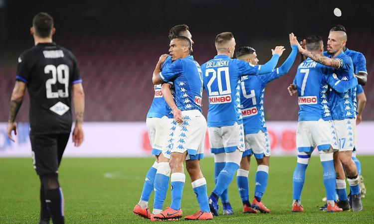 Photo of Il Napoli cala il tris: 3-0 alla Sampdoria. Niente record assoluto per Quagliarella