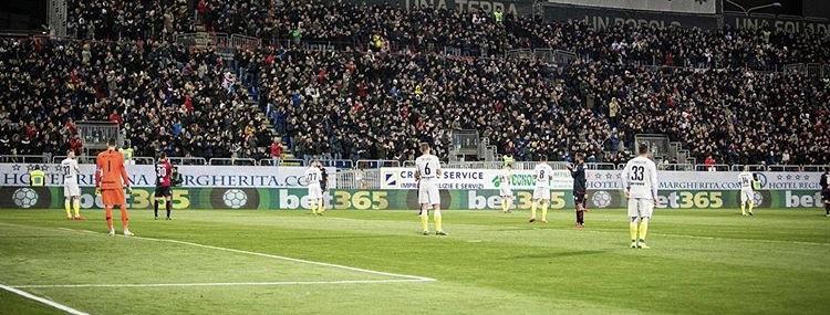 """Photo of Tragedia alla """"Sardegna Arena"""", tifoso muore sugli spalti"""