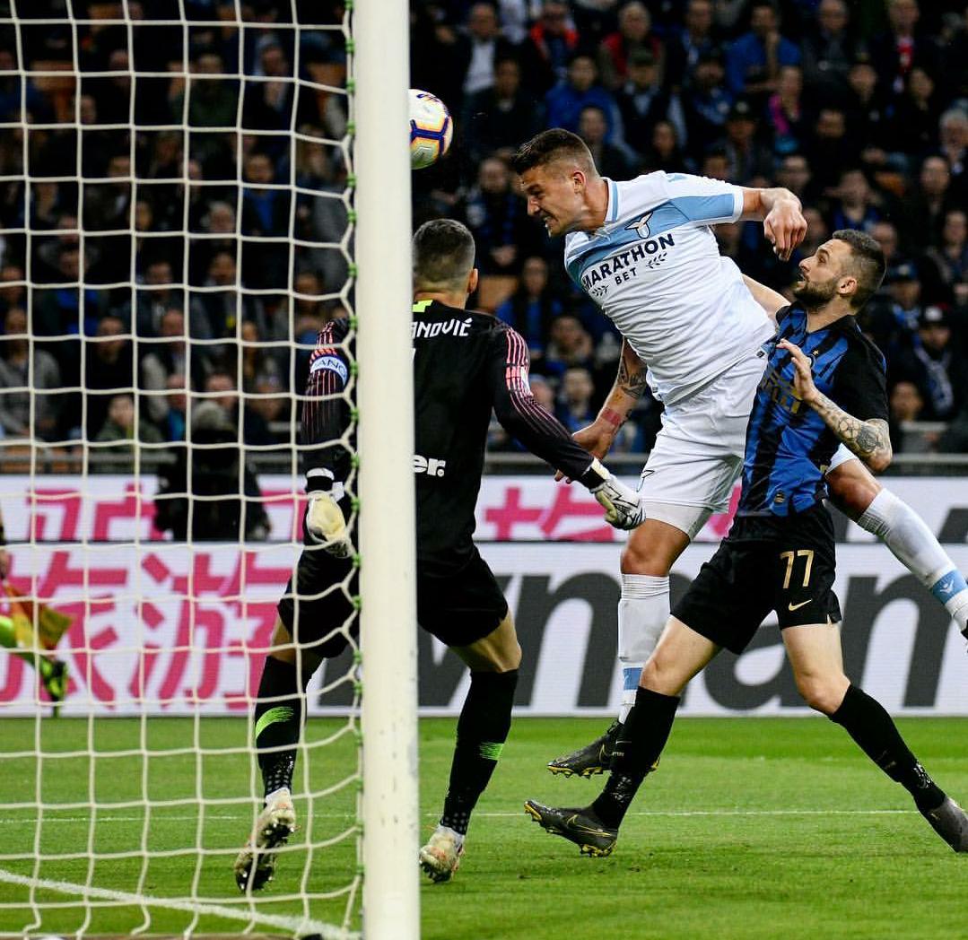 Photo of Vola l'aquila a San Siro: la Lazio batte l'Inter 0-1