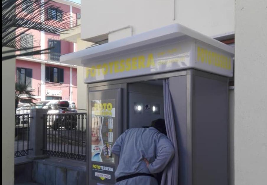 Photo of Vico Equense. Installata una cabina fototessera automatica all'ufficio anagrafe