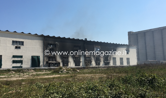 Photo of Castellammare. Incendio a via Ripuaria: the day after
