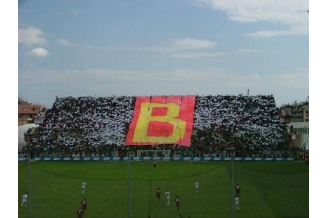 Photo of Amarcord amaranto: 30 aprile 2006, al 'Granillo' la Reggina batte il Messina e conquista la salvezza (VIDEO)