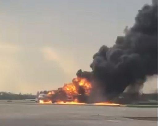 Photo of Iran, aereo precipita al suolo: 176 vittime