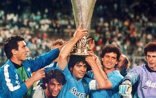 Photo of Coronavirus, il bellissimo messaggio di Maradona all'Italia