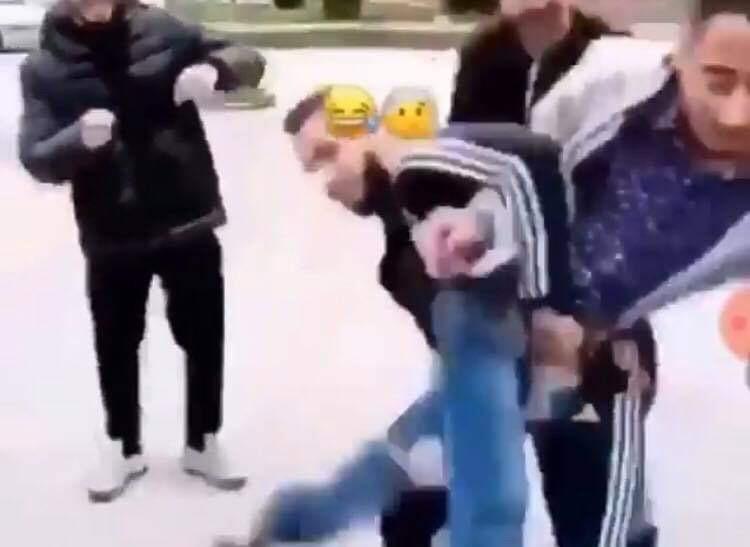 Photo of Bullizzato dal branco a Scampia: giovane sollevato di peso e gettato nel cassonetto