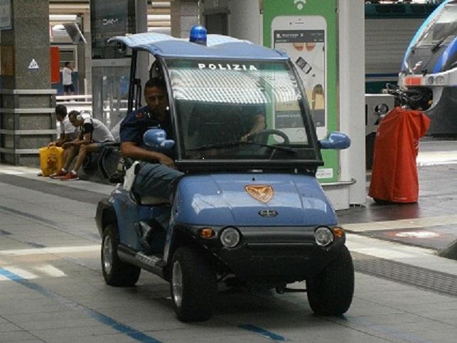 Photo of Napoli. Voleva pagare la colazione solo 30 centesimi e lancia le monete contro la cassiera: arrestata 35enne africana