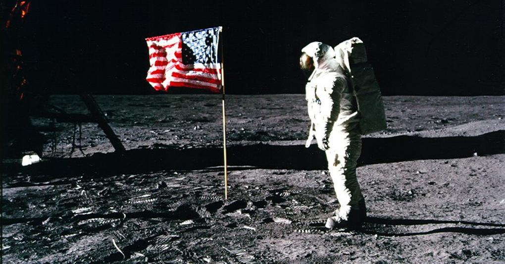 Photo of 20 luglio 1969-20 luglio 2019: 50 anni fa l'uomo conquistava la Luna
