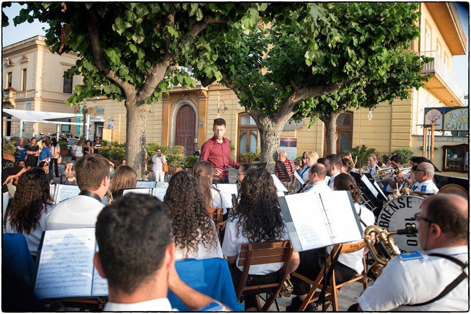Photo of Ferragosto a passo di Banda a Sorrento, l'evento il 12 agosto a Villa Fiorentino