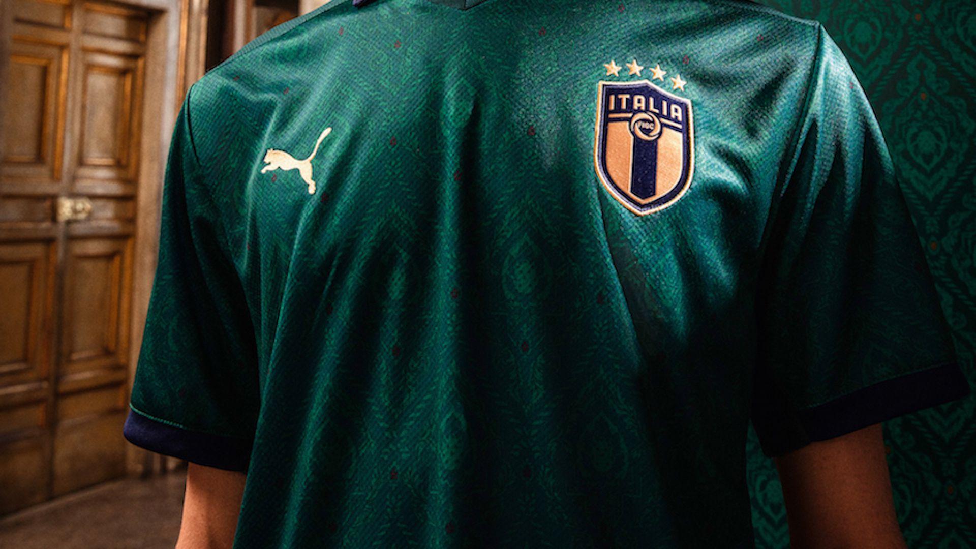 Photo of Italia, presentata la nuova casacca 'Rinascimento' della Nazionale in occasione di Italia-Grecia