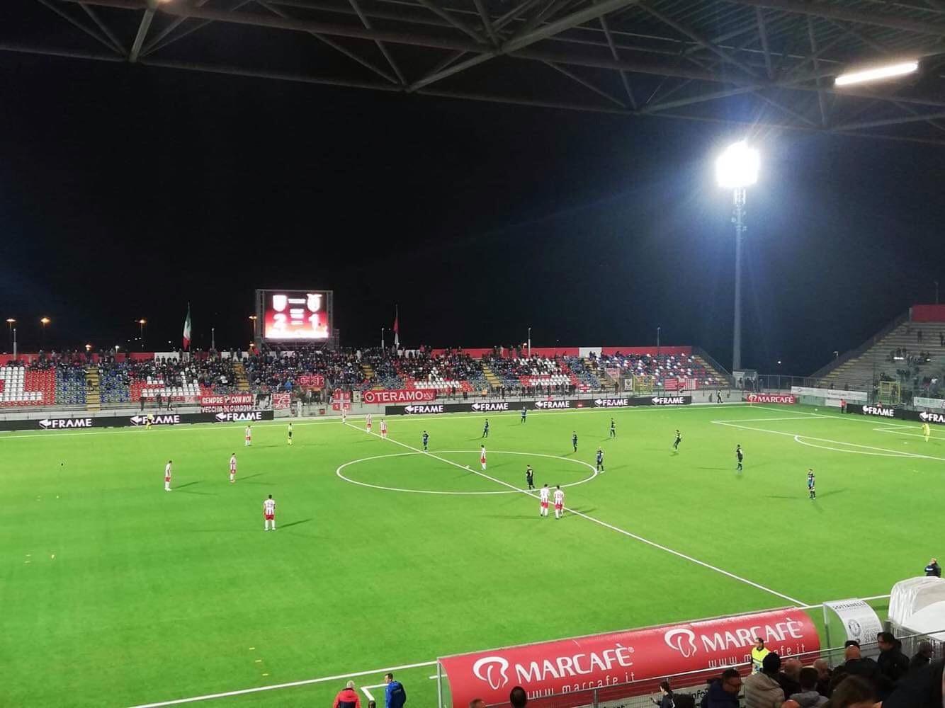 Photo of Sorride al Teramo una sfida dalle mille emozioni: Casertana sconfitta 4-3 ma a testa alta