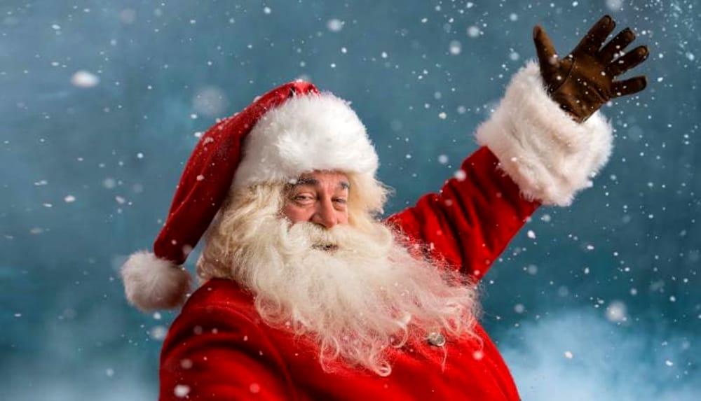 Photo of Natale in Colorado: Babbo Natale rapina una banca e regala soldi ai passanti