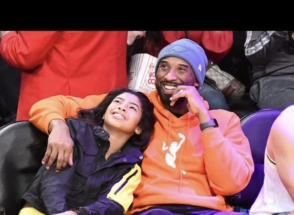 Photo of Incidente Kobe Bryant, morta anche la figlia 13enne