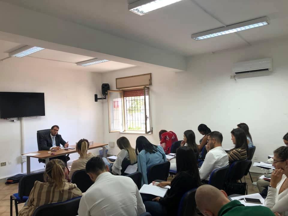 Photo of Lavoro, al Centro Studi Calamandrei nuovi corsi di preparazione ai concorsi pubblici