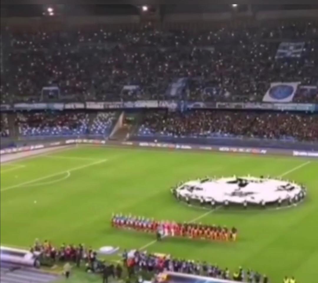 Photo of Champions League, Napoli in vantaggio sul Barcellona: l'urlo del San Paolo sulle note dell'inno è da brividi (Video)