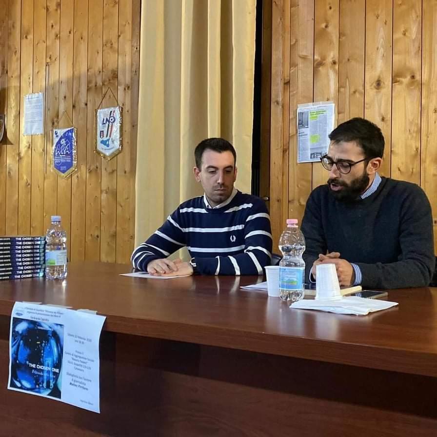 Photo of Catanzaro, presentato il nuovo libro del giovane scrittore Ferdinando Capicotto