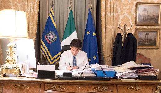"""Photo of Emergenza Coronavirus, il Premier Conte: """"4,3 miliardi di euro ai Comuni"""""""